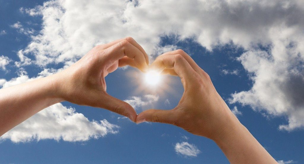 love, heart, shape-1672154.jpg